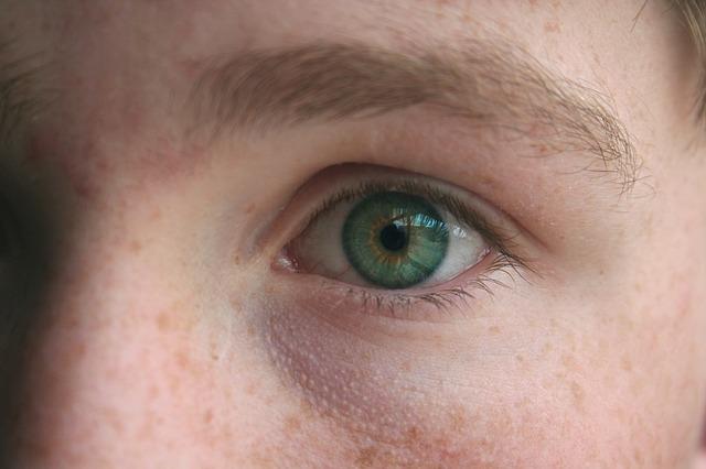 eye-1030214_640